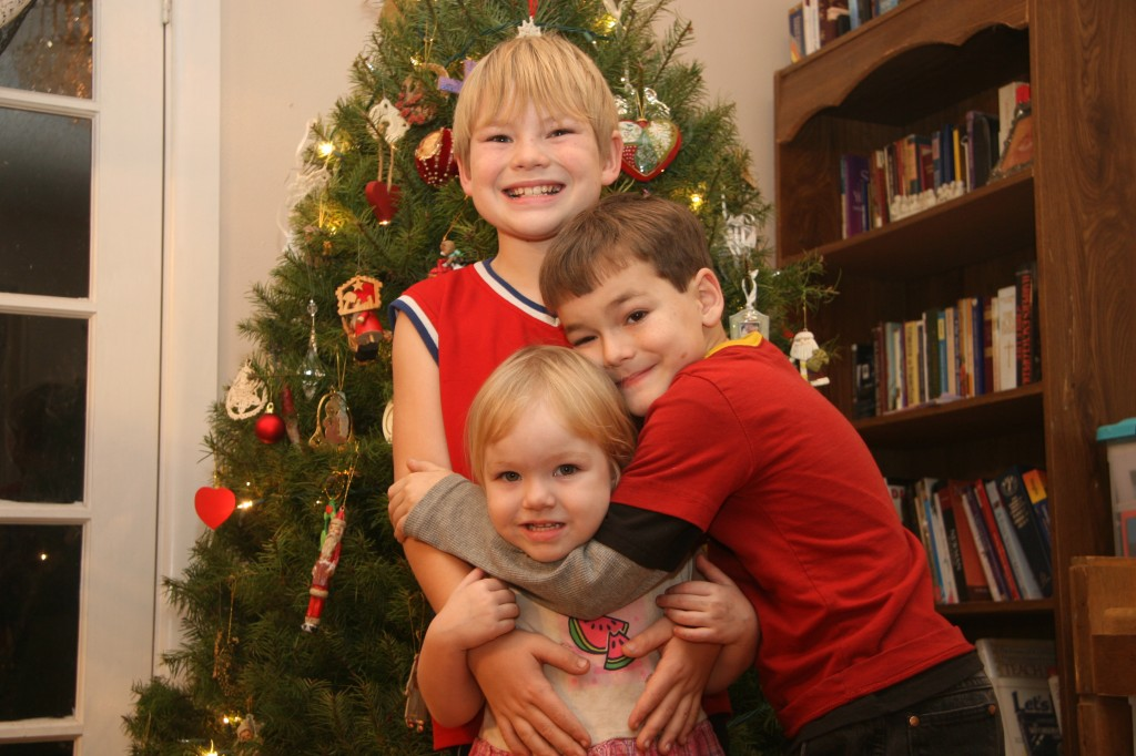 Minimalist family prepare for christmas for Minimalist family