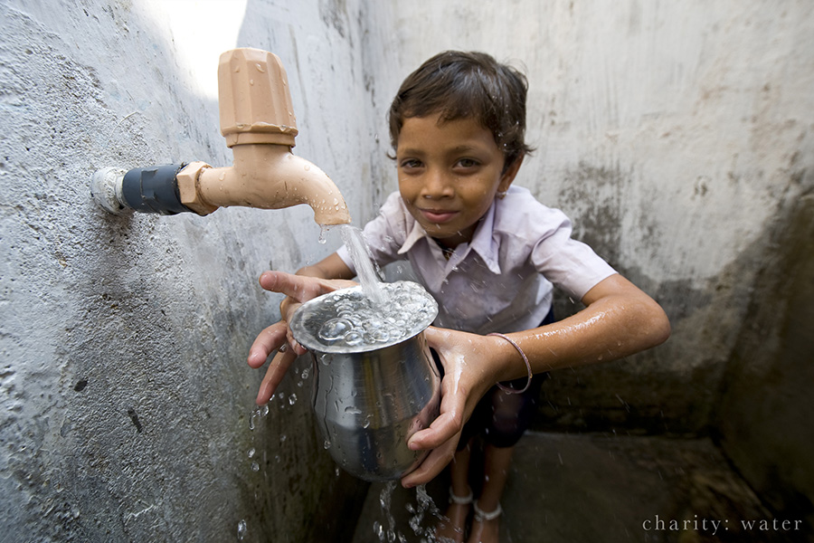 Gift ideas – Donate to charity: water